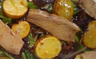 Ensalada con patatas asadas