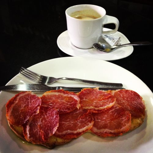 Cafe y tostada