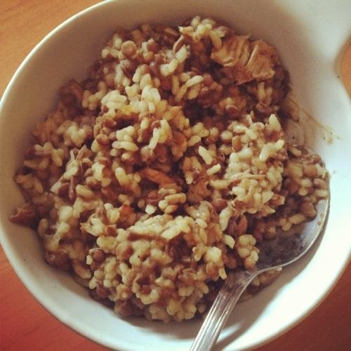 Lentejas con pollo y arroz