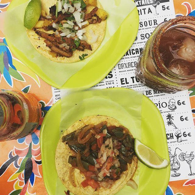 Michelada y tacos