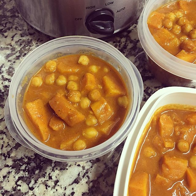 Curry de batata y garbanzos en